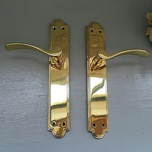 Vintage  Brass Lever Handle-UK242 Pair