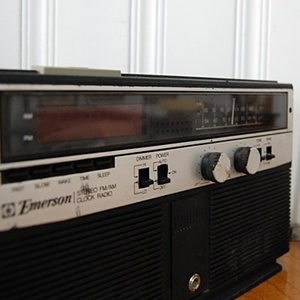 Emerson CLOCK RADIO