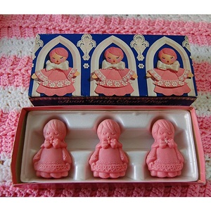 VINTAGE AVON Little Choir Boys Soaps